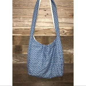 Blue Daisies Crossbody Bag -mad'sbags
